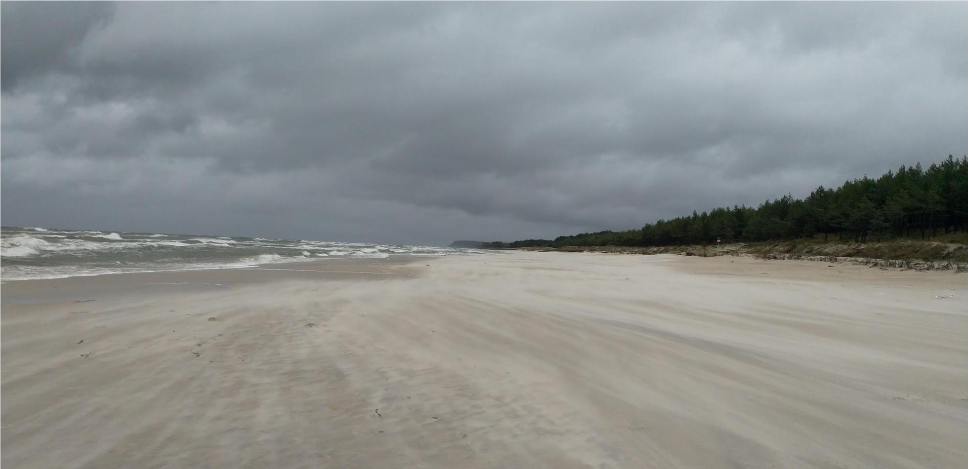 jesienna wichura i sztorm niż Gisela silny wiatr