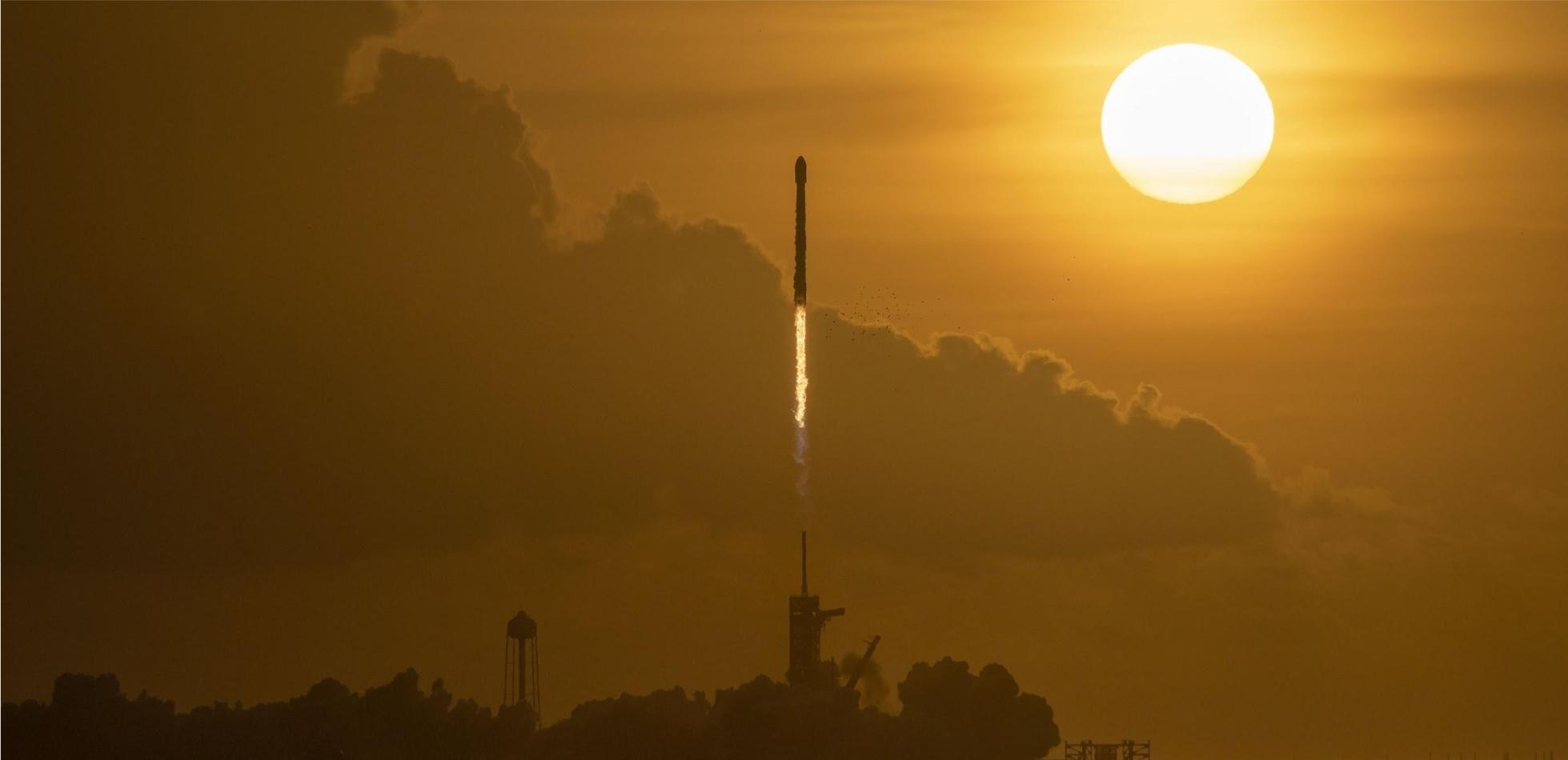 800 satelitów Starlink umieszczonych w kosmosie
