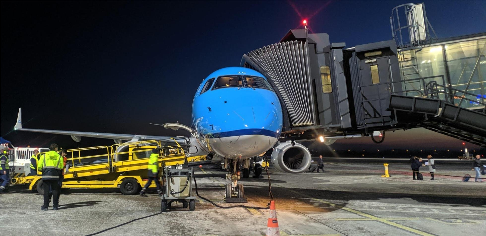 COVID-19 w samolocie