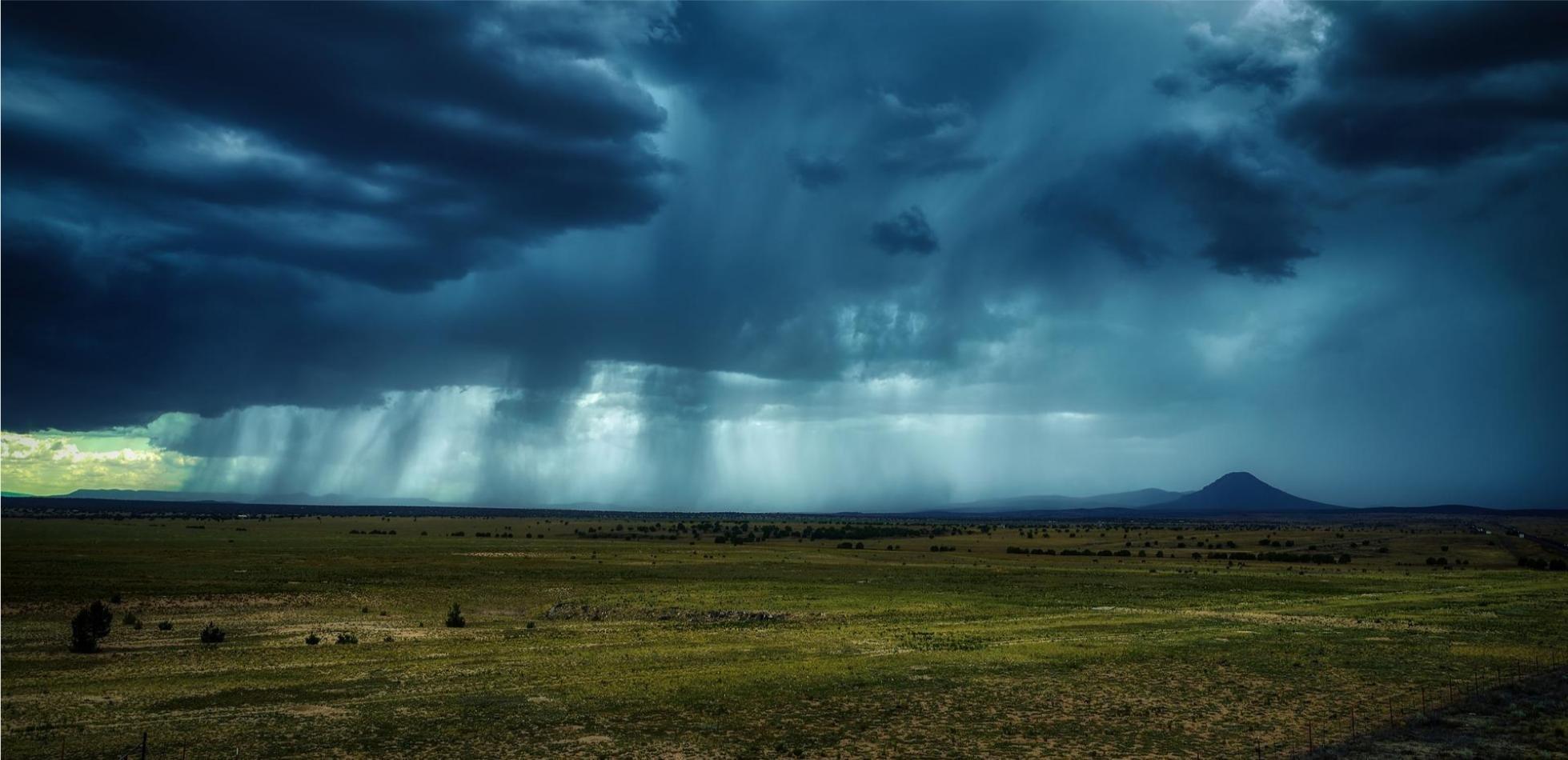 Chmury i deszcz- prognoza pogody na weekend