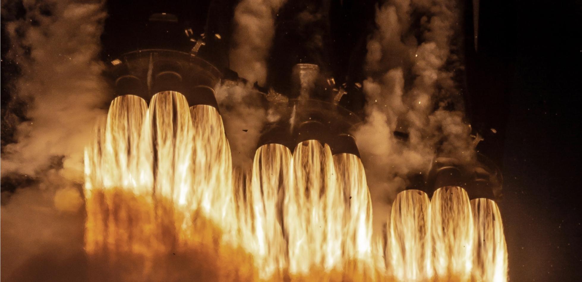Falcon Heavy od SpaceX znów poleci