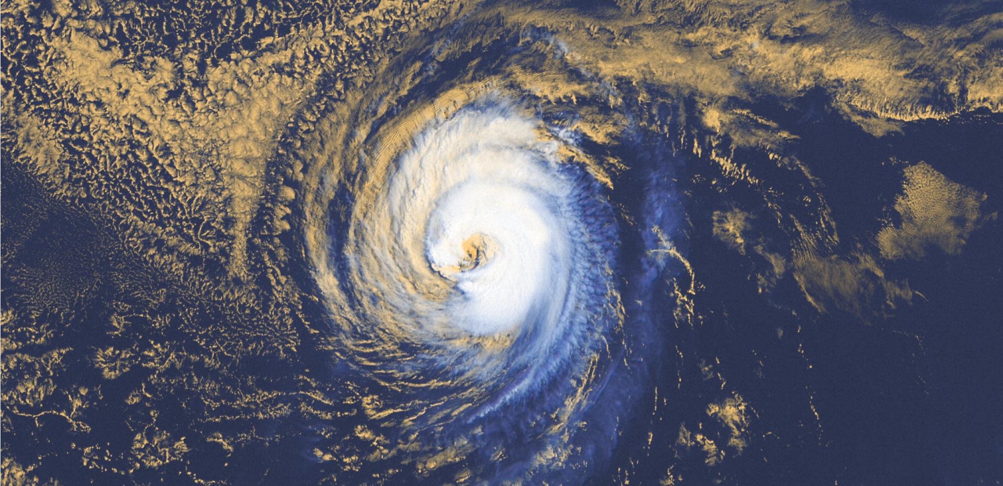 Coraz większa aktywność burz tropikalnych